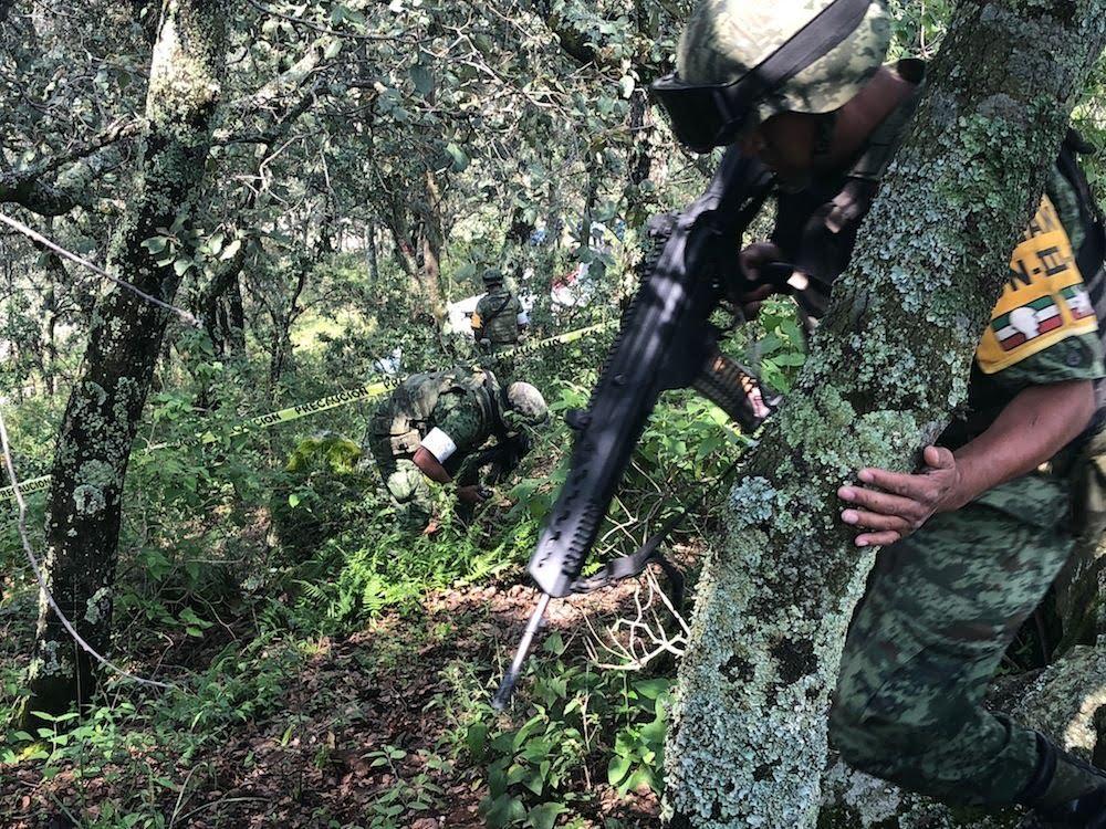 Accidentes de Aeronaves (Civiles) Noticias,comentarios,fotos,videos.  - Página 13 Cayo-avioneta-en-bosque-de-la-cruz-de-san-bartolo-en-amealco10